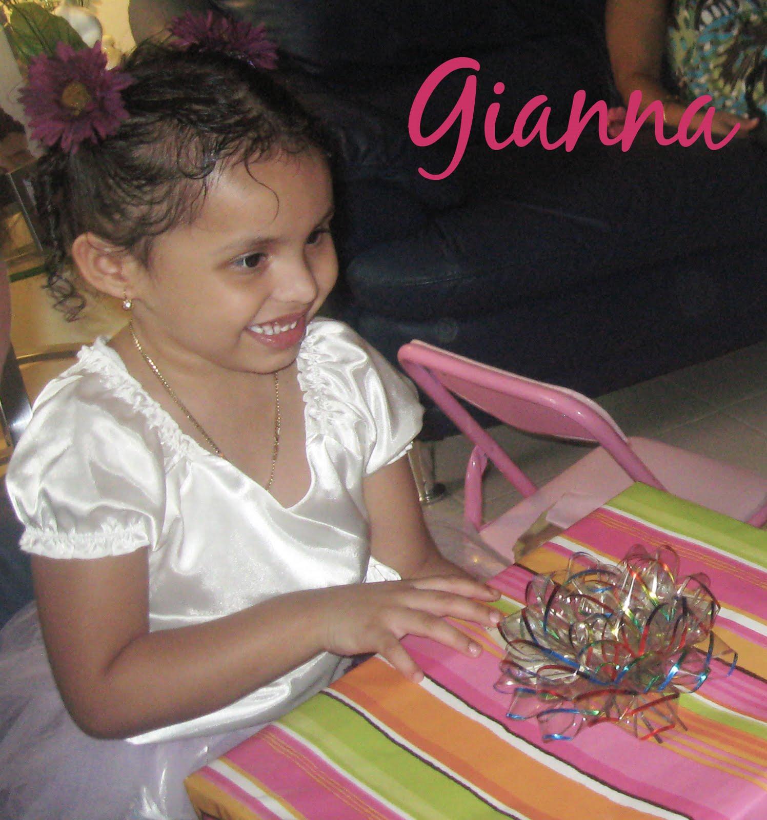 http://2.bp.blogspot.com/_vJf-5fc8cSo/TGBwyHCT1ZI/AAAAAAAAALo/1WBjnY6gD8A/s1600/littleballerina_gianna2.jpg