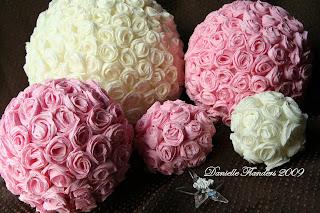 Diy tissue pom pom backdrop - Tutorial Para Hacer Esferas De Rosas De Papel Crep 233