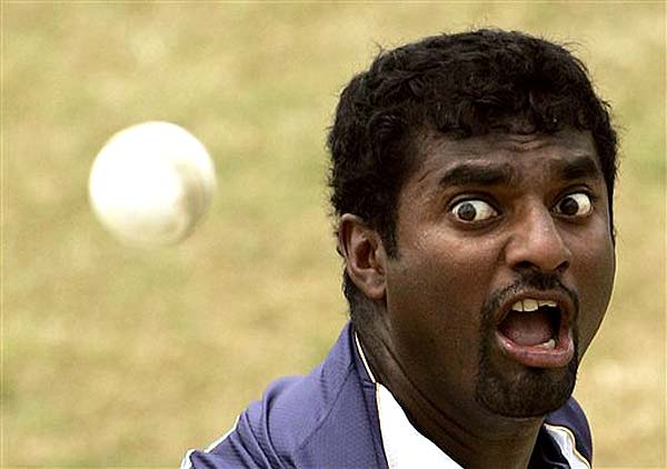 Video : Test Cricket struggling financially - Muttiah Muralitharan