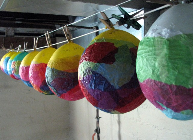 Creative ideas for you tissue paper lanterns for Papier mache lanterns