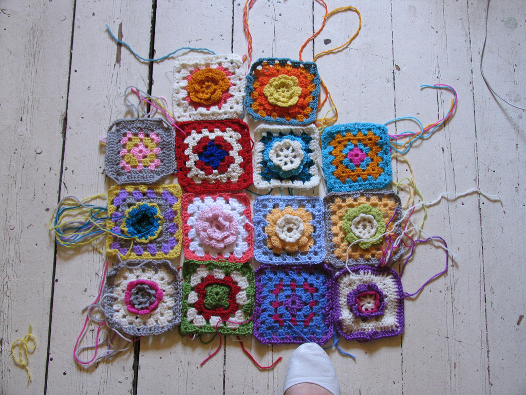 How To Crochet Granny Squares : Creative ideas for you: How To Crochet A Granny Square