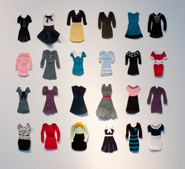 Creative ideas for you felt board tutorial and dress up for Felt dress up doll template