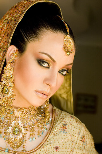 indian bridal makeup videos. indian bridal makeup videos.
