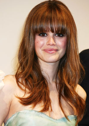 2010 Winter Hairstyles with Bangs