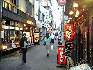 alley by nishi-funabashi station