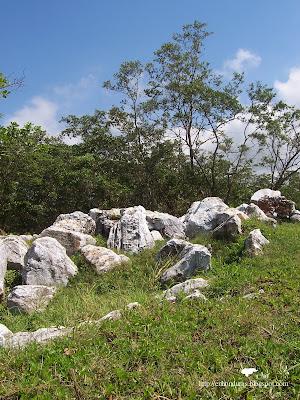 pasaje con piedras