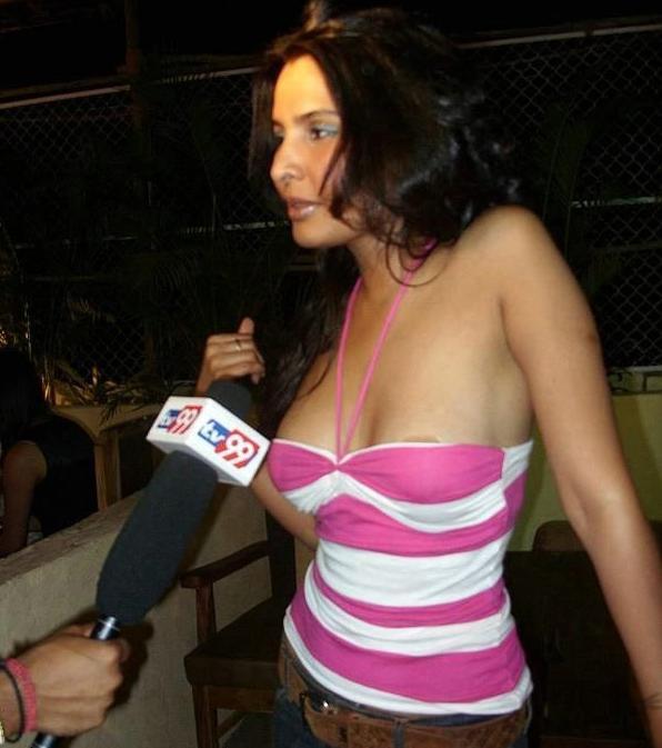 Rachna Shah Nipples