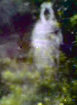 Gambar Hantu: Video Pocong Felda Jengka 4