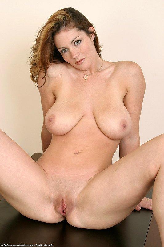 big beautiful women nakef