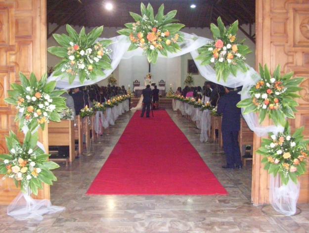 Decoracion Iglesia Para Matrimonio ~   de DECORACION DE IGLESIAS TEMPLOS QUINTAS CON FLORES PARA MATRIMONIOS
