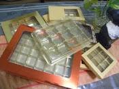 kotak coklat / choc boxes (internet pic)