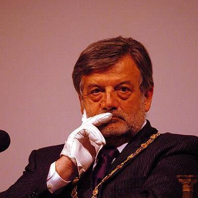 Foto do Grão Mestre do Grande Oriente da Itália
