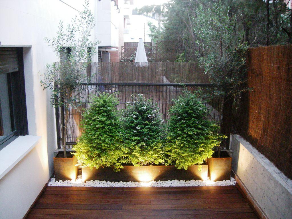 Aticos y terrazas for Adornos para terrazas y patios
