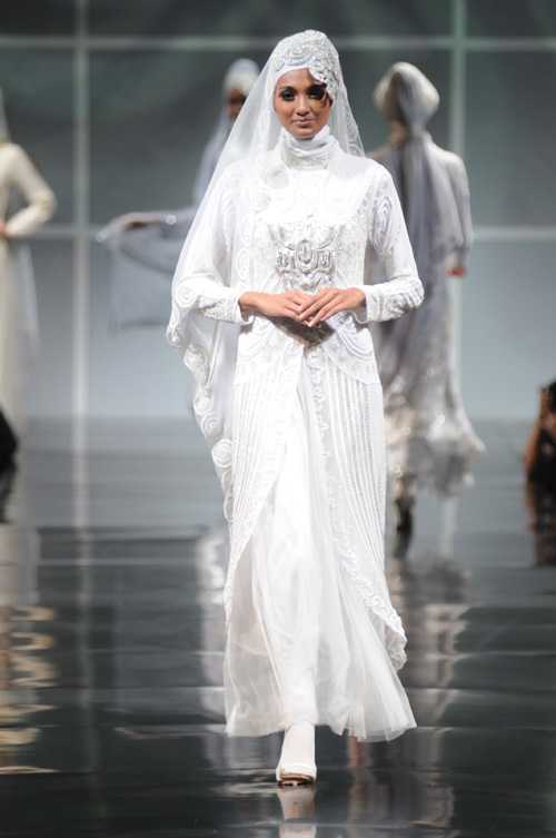 Muslim proposals wedding dreams come true modern for Indian muslim wedding dress