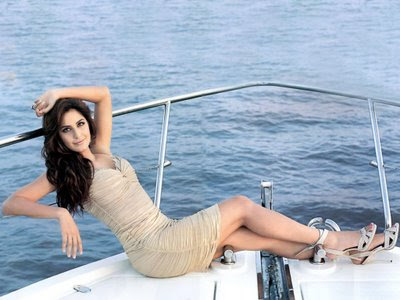 Latest Katrina Kaif Hot, Katrina Kaif Wallpapers,
