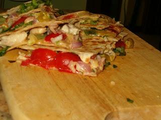 Quesadilla (tortillas ripiene di formaggio e altro)