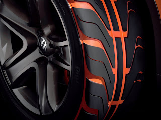 Volkswagen - Tiguan pneus detalhados