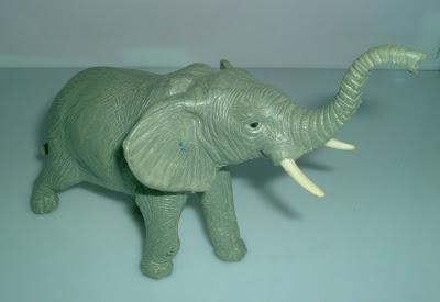 Szürke gumi elefánt