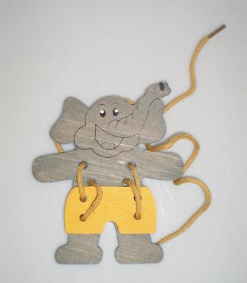 Cipőfűzős elefánt