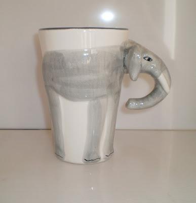 Nagy elefántos bögre