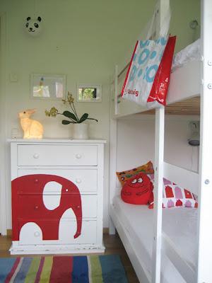 Elefántos komód