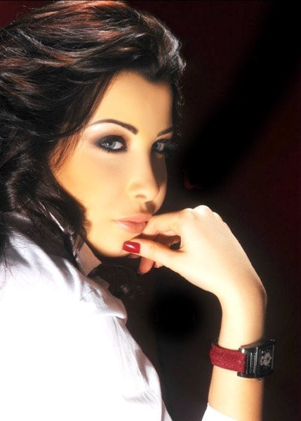 Hottest Arab Singer And Model Nancy Ajram Pictures