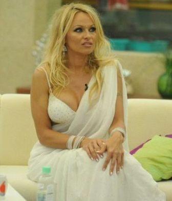 Baywatch Star Pamela Anderson sexy Photos