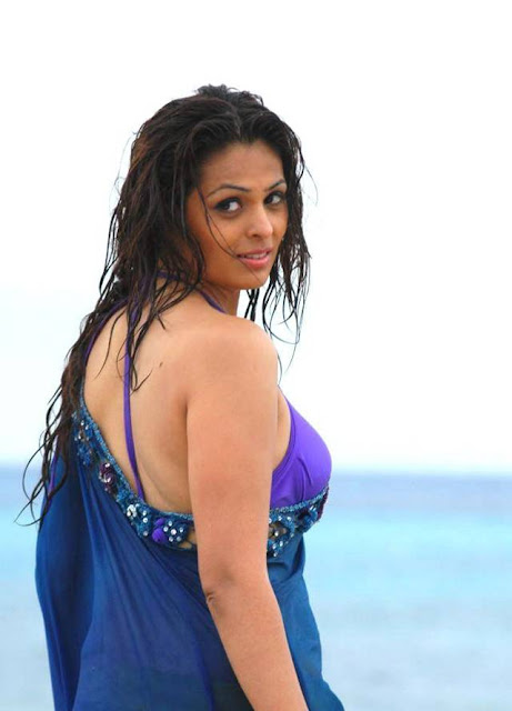 Sizzling Anjana Sukhani latest hot spicy photoshoot stills