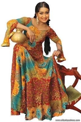 Anusha Damayanthi is a Hot Actress in Sri Lanka. Best dancer in Sirasa