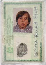 Será que sou eu na minha carteira de identidade?
