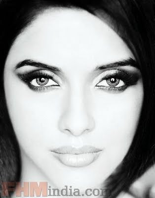 Asin thottumkal photos