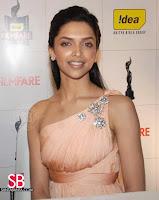 Deepika Padukone Filmfare Awards Pictures1