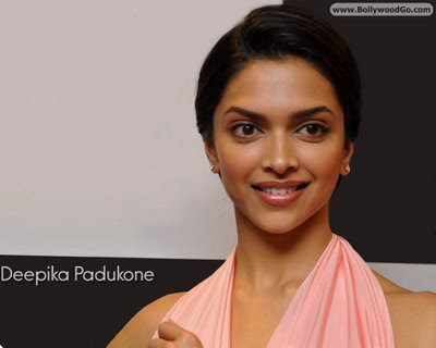 hot wallpapers of bollywood actresses. Bollywood Actress Deepika