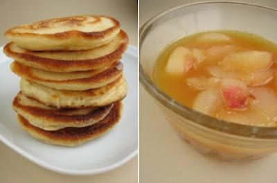 Pancakes z sosem brzoskwiniowym
