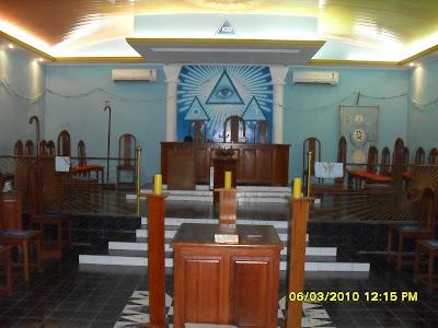 [Imagem: Templo+Loja+5-02.jpg]