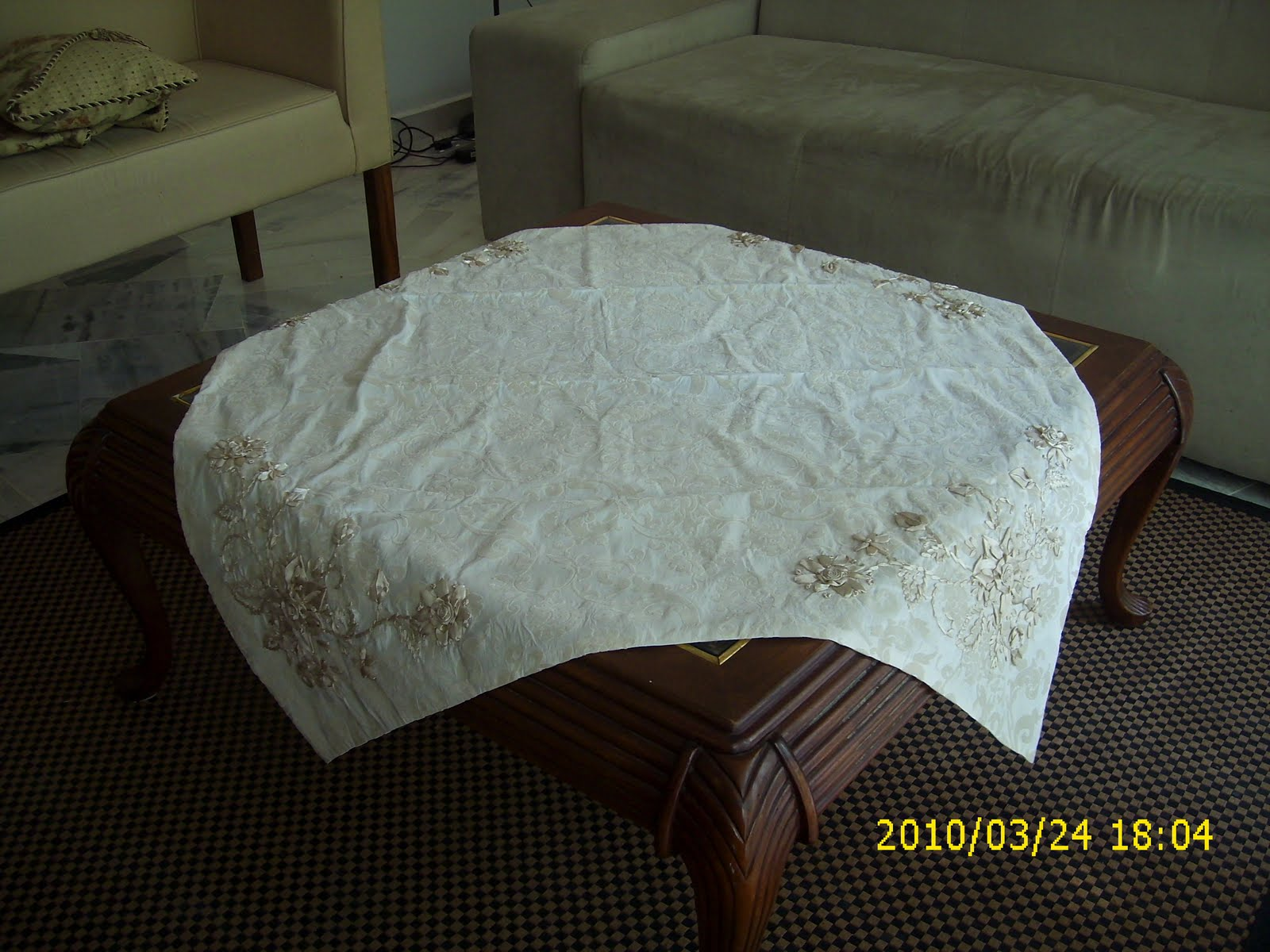 Living colours ribbon embroided coffee table cloth Coffee table tablecloth