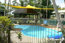 Swimming Pool at Riverside caravan Park.