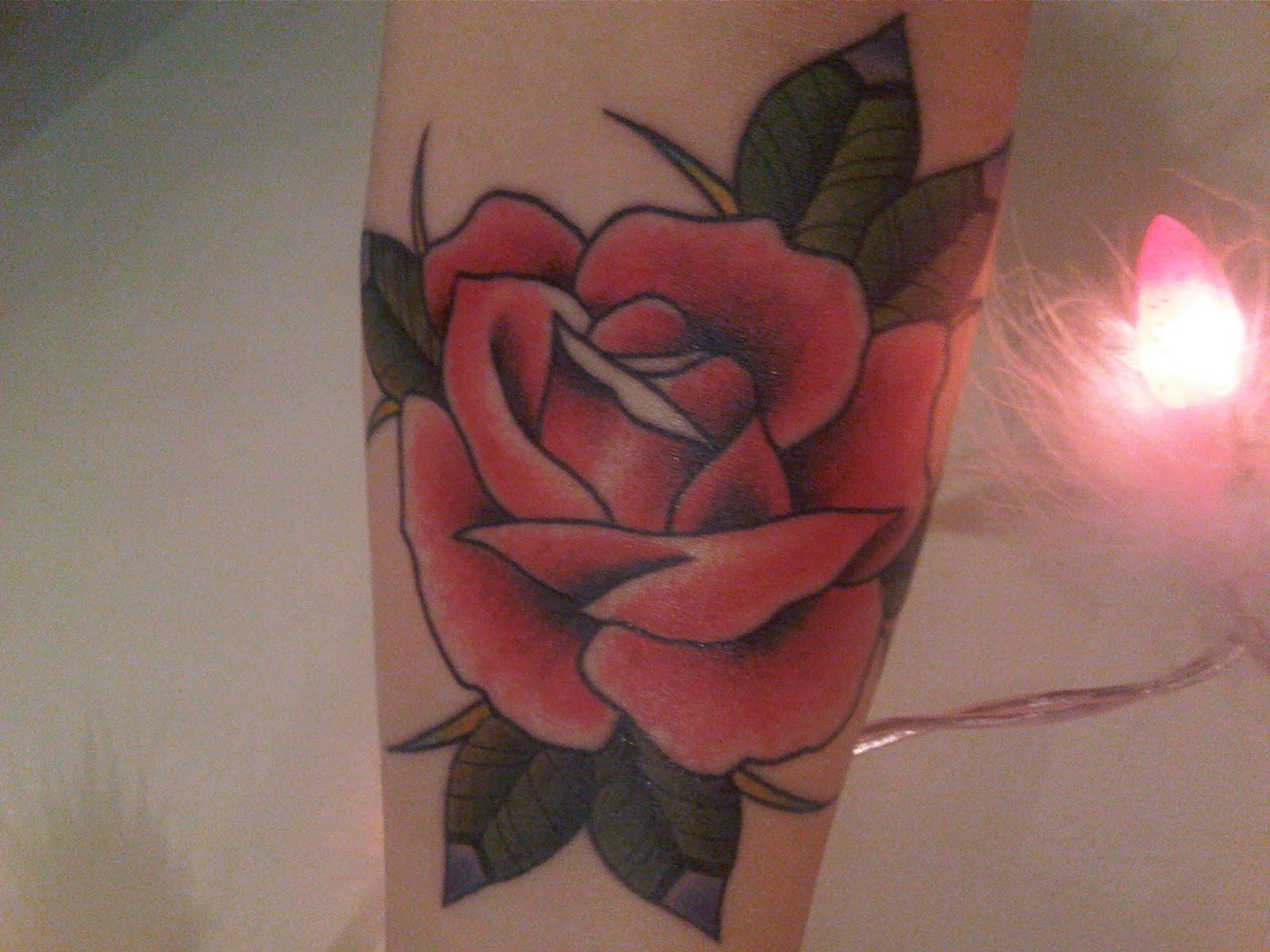 http://2.bp.blogspot.com/_vdy5PdGb6vw/TEhtMeOKZ7I/AAAAAAAACI4/YroaGJqdZ5o/s1600/tattoo+2.jpg