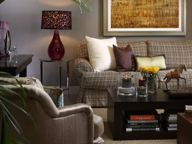 Show some decor at home with heidi color it winter for Aubergine living room ideas