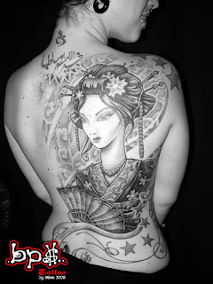 Japanese Geisha Tattoo Designs With Image Sexy Girls Showing Japanese Geisha Tattoo On The Backpiece Picture 6