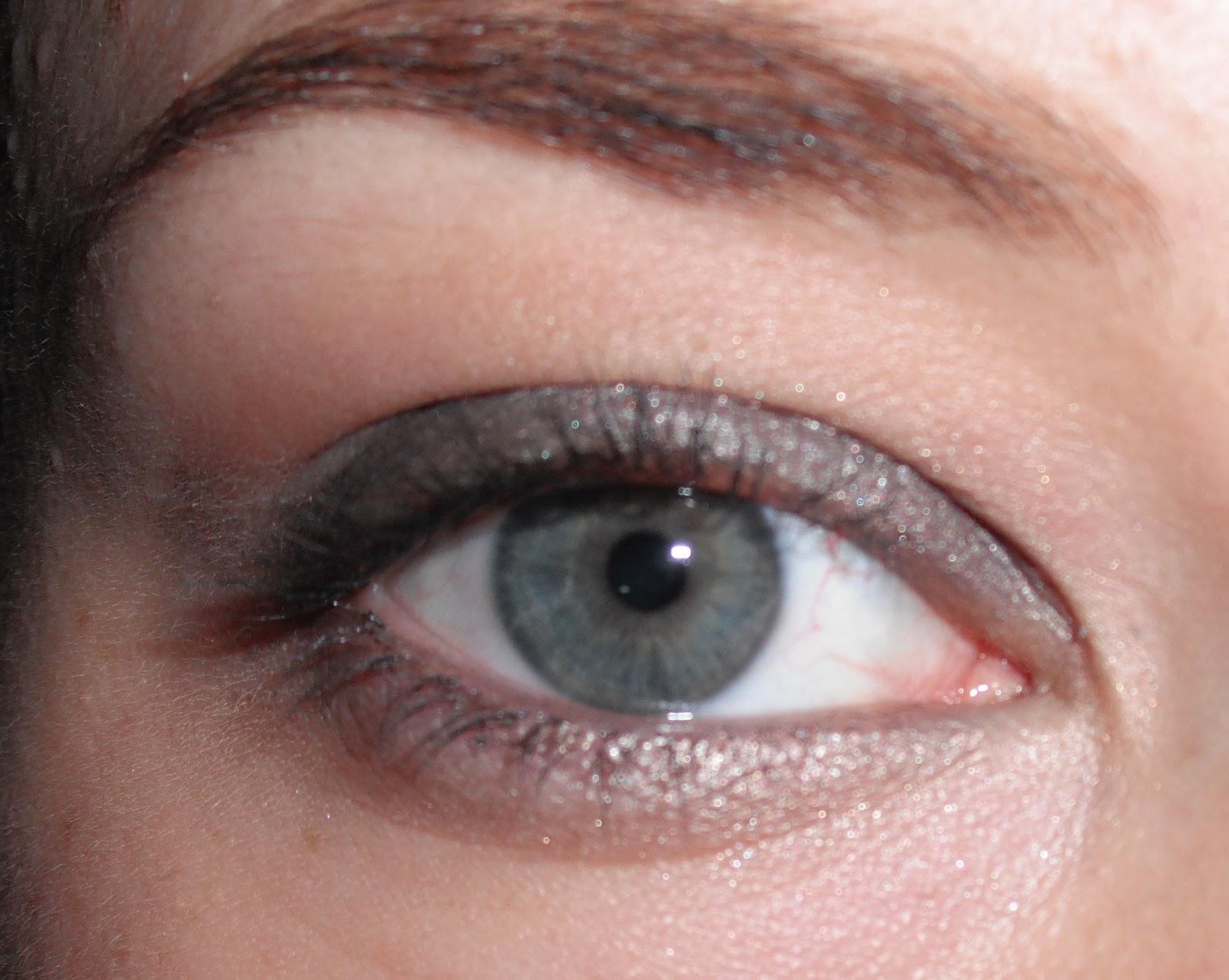 Zen and Giggles Imaginarium: FOTD: Silver Grey Eyes