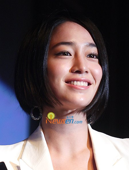 Lee-Min-Jung-Sony-005.jpg