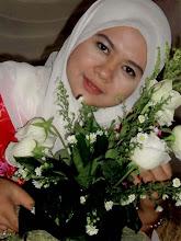 Di sebalik rose putih..