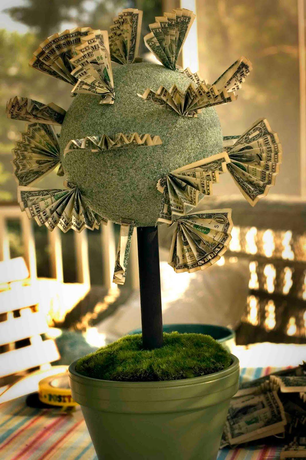 Дерево из бумажных денег. своими руками
