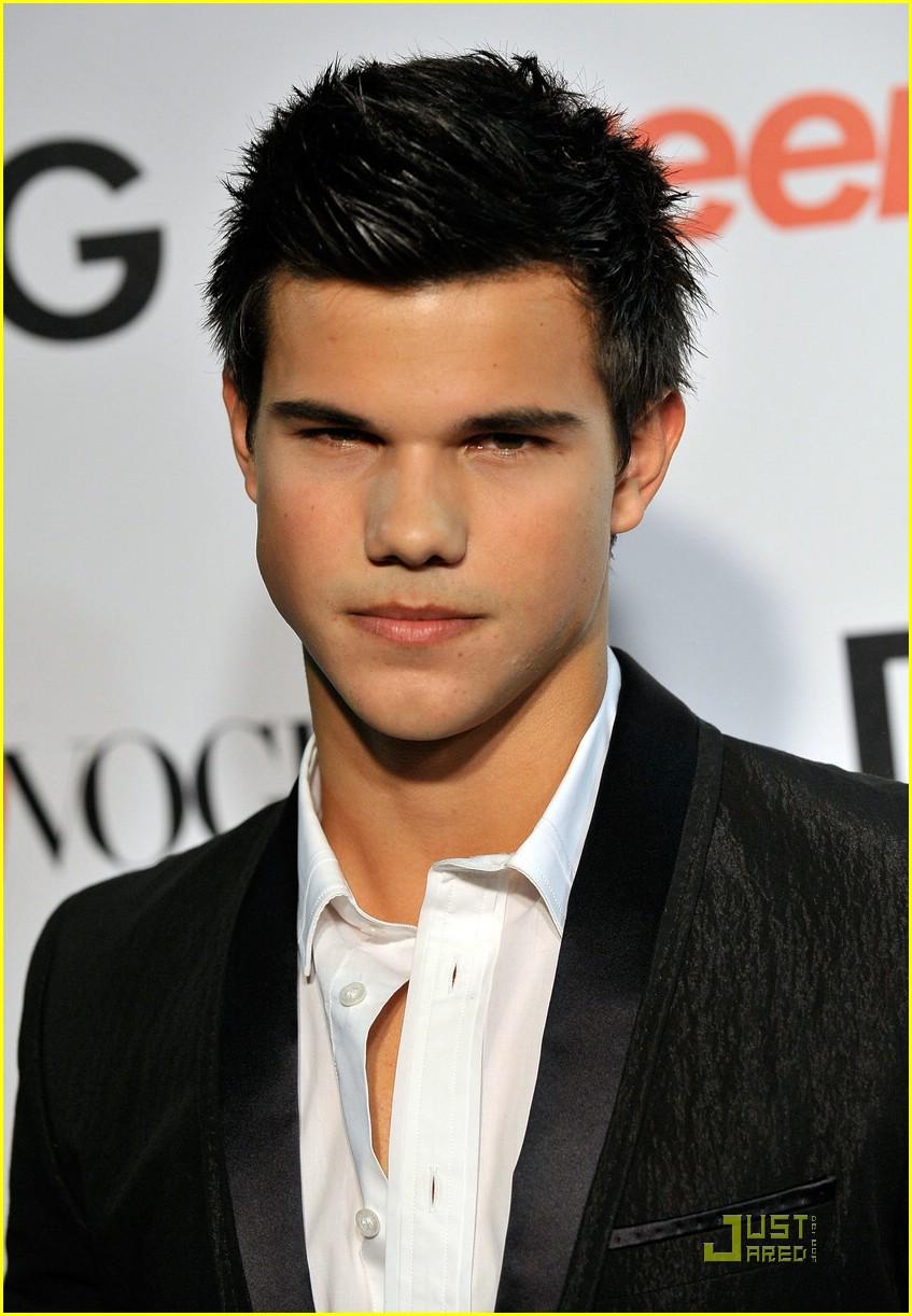 Taylor Lautner en fiesta Teen
