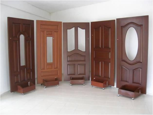 Construcci n acabados carpinter a for Modelos de puerta de madera para casa