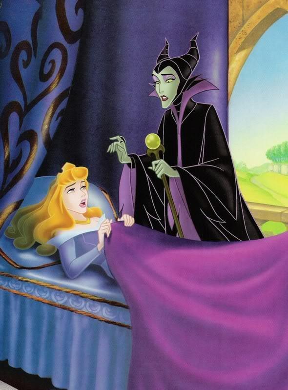 "SNEAK PEEK: Angelina Possessed By ""Maleficent"" Sleeping Beauty Aurora Eyes"