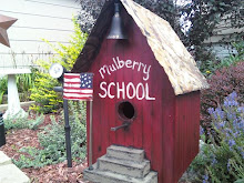 SCHOOL BIRDHOUSE