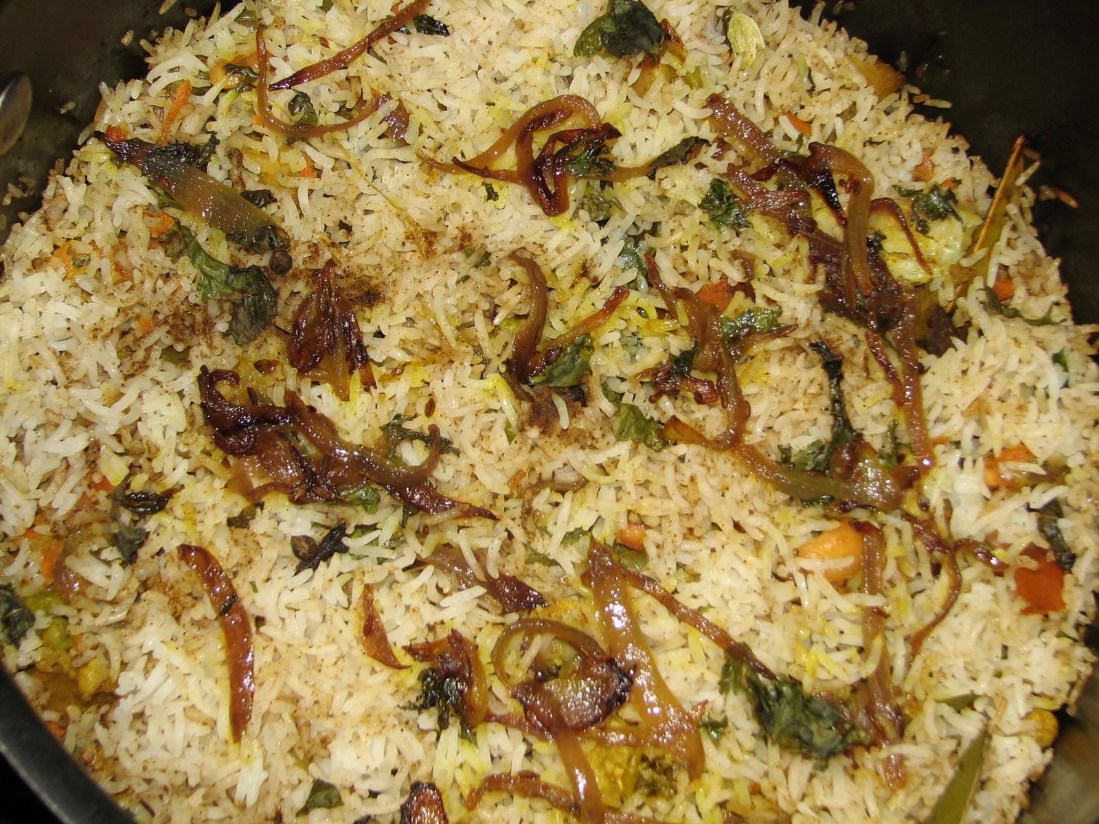 Seema's Veg Kitchen: Veg Biryani