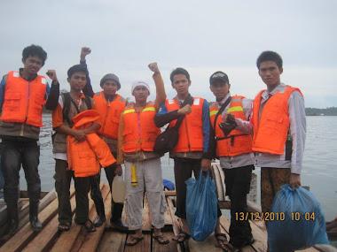Relawan di Mentawai